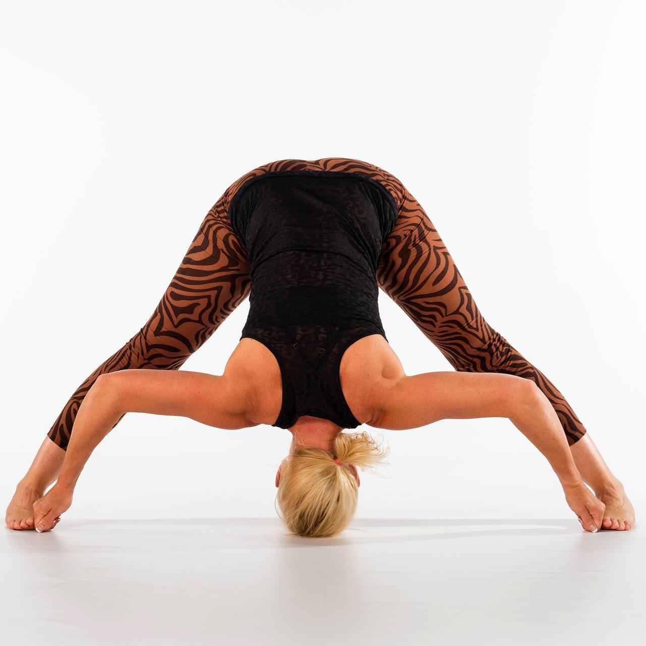 yoga-2970279_1280